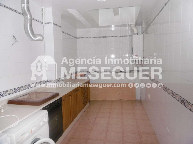 Casa ( Zona La Vila ) REF-C790